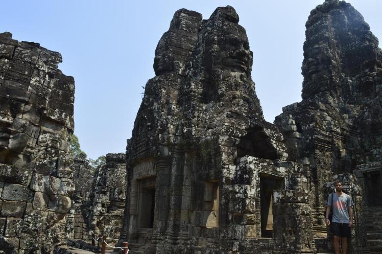 Santi Templo Caras